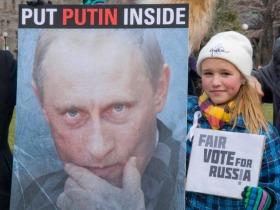 """Россияне в разных странах мира вышли протестовать против партии """"Единая Россия"""" и против Путина"""
