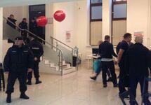 Полицейские обыскали штабы Навального в Москве и регионах