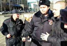 Левые активисты провели у Госдумы акцию против обнуления президентских сроков